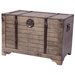 old-fashioned-storage-chest-trunk-coffee-table